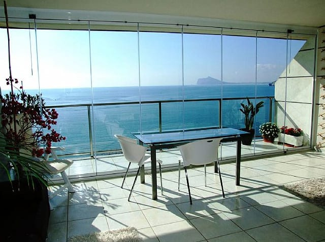 Know About Frameless Glass Doors And Glass Curtains