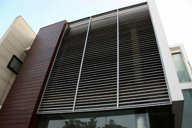 outdoor aluminium louvres installation