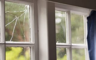 cracked glass window repair for a house